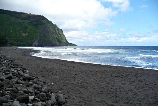 8. Waipaio valley beach, the big island, Hawaii