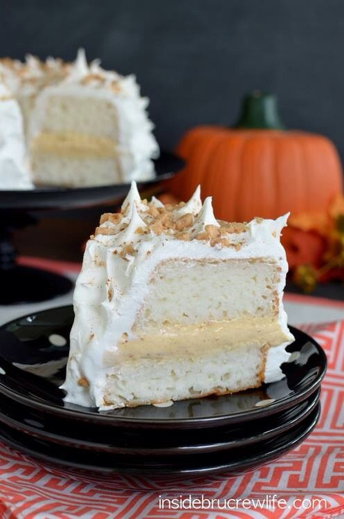 Ingredients 4 ounces cream cheese, softened 1/4 cup plain greek yogurt 1/4 cup pumpkin puree 1/2 teaspoon pumpkin pie spice 1/4 cup milk 1/2 package instant white chocolate pudding (3.4 oz) 1/4 toffee bits + extra for topping 1 Sara Lee Angel Food Cake, thawed 1 container Cool Whip, divided (12 oz.)