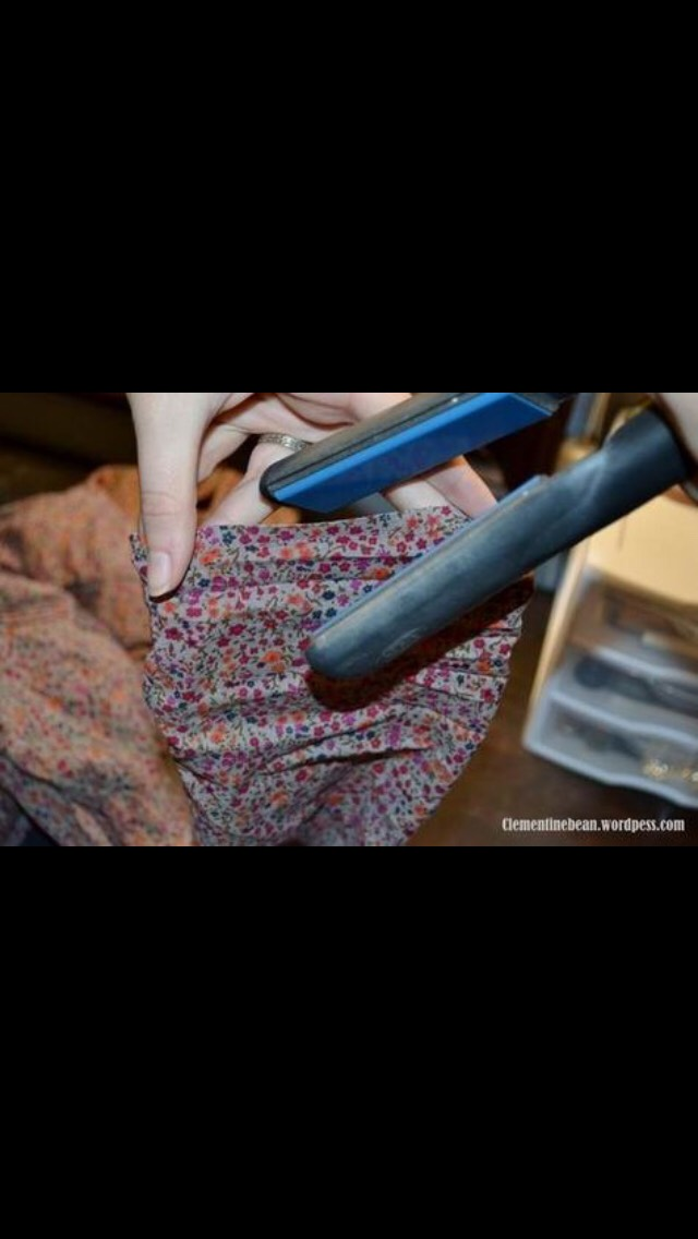 Fix your collars or sleeves with a straightening iron