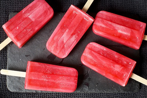 http://smittenkitchen.com/blog/2013/08/pink-lemonade-popsicles/