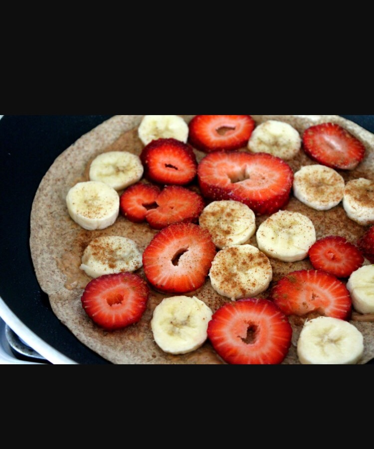 Yummy healthy wrap : Ingredients . Whole wheat tortilla . Peanut butter . 1/8 teaspoon of cinnamon ( if desired ) . 1Banana (sliced) . Add any other fruit desired . Than wrap and eat!