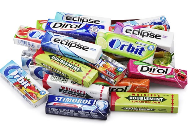 "gum. chew a different flavor of gum than you normally do when you study. when you take the test chew the same flavor. it will help you remember what you studied because of the flavor. also, since you don't usually chew this flavor, it will not ""mess up"" your memory"