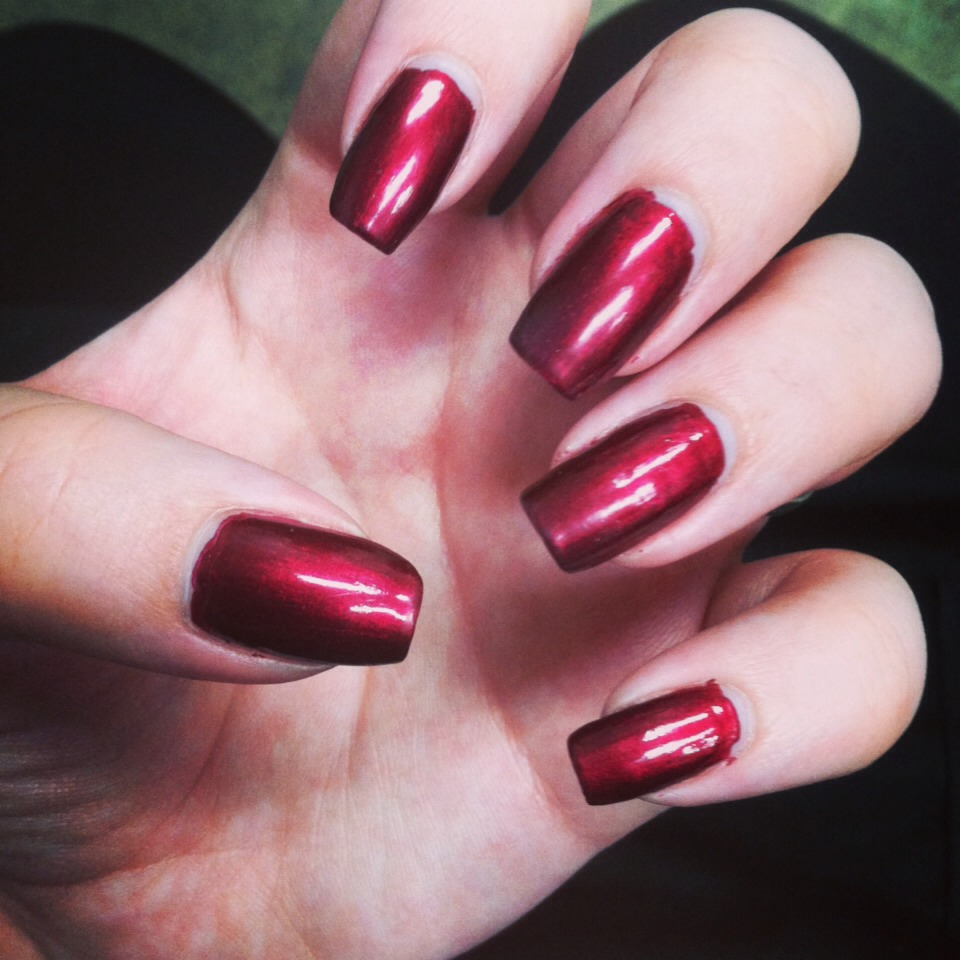 Andthis would be Cherry Tart! 😍I love how shiny and gorgeous this color is with the top coat. It's beautiful in the bottle and even more beautiful on your nails! The depth of it is so pretty!This is most definitely a must-have color foryour collection. 😊