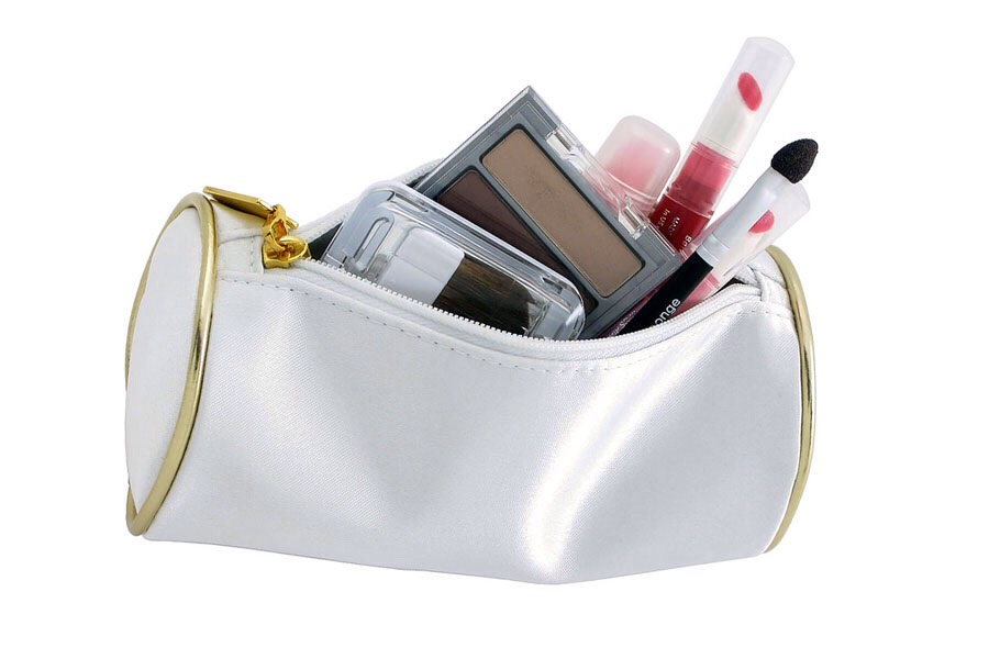 Having your makeup in a makeup bag is a good idea, you know so you don't loose it. (I personally don't wear makeup but I know most post people do so I added it in.)