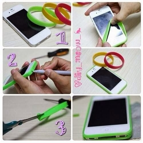 You will need:  • a phone (obviously); • 3 rubber bracelets; • an x-acto knife;