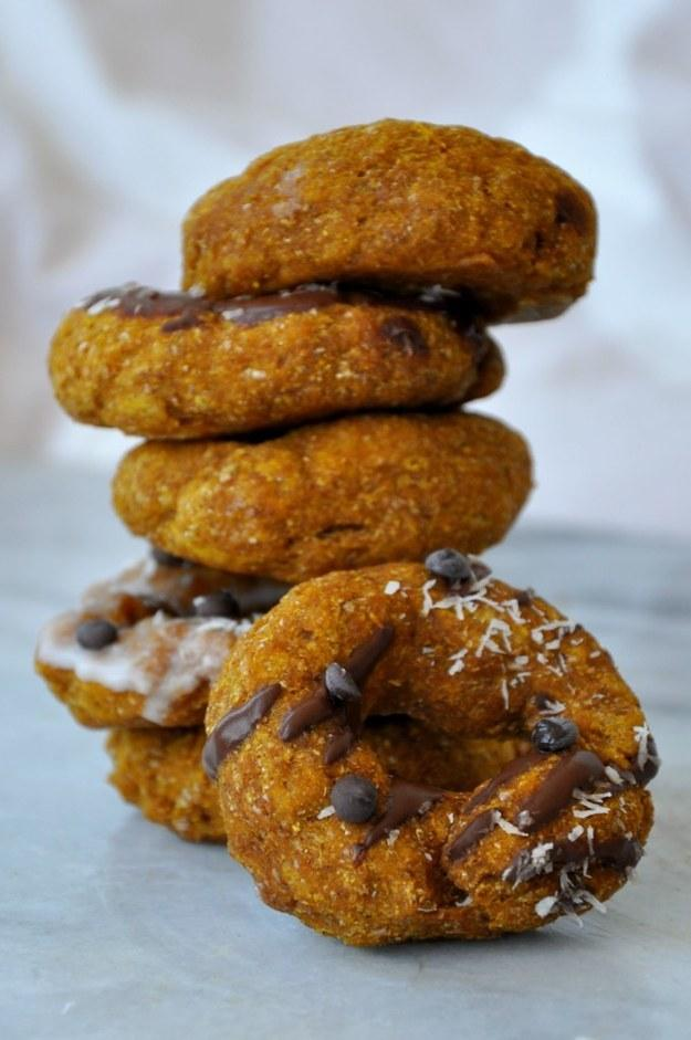 14. 5-Minute Pumpkin Spice Microwavable Donuts  https://spoonuniversity.com/cook/5-minute-pumpkin-spice-donuts-in-the-microwave/?utm_source=buzzfeed&utm_medium=referral&utm_campaign=content-partnerships