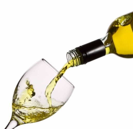 If you have sensitive skin then it's better for you to use white wine instead of red wine.