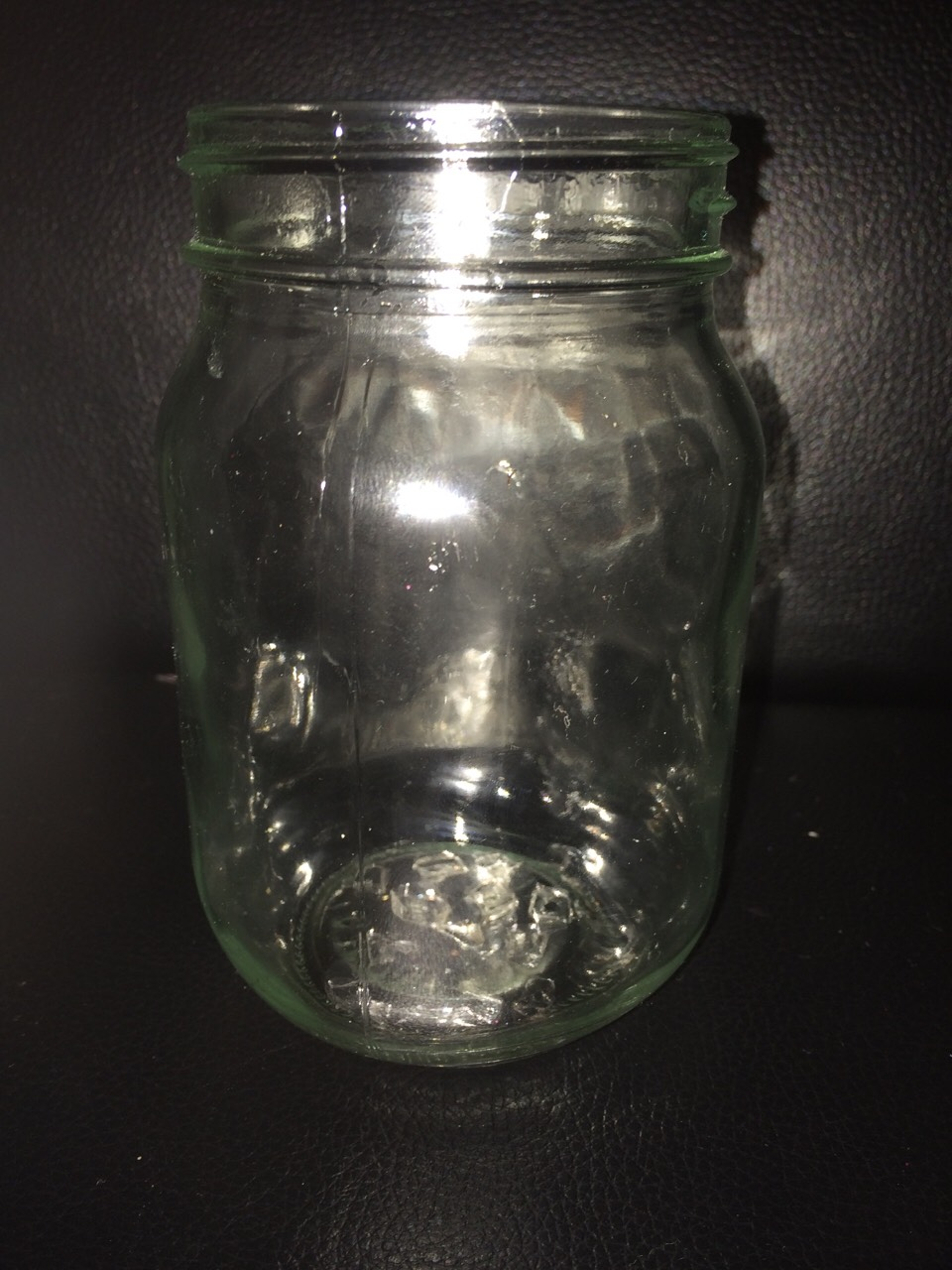 It is made out of a mason jar and you can do any design you want I don't think you need anymore instructions to do it. Have fun.