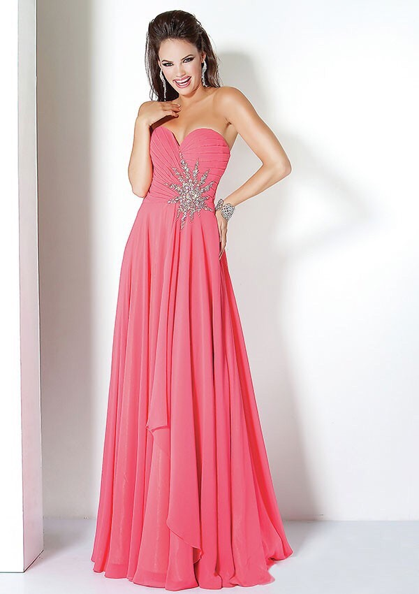 Dresses to wear when going out for a date on Valentine's      Dress 1