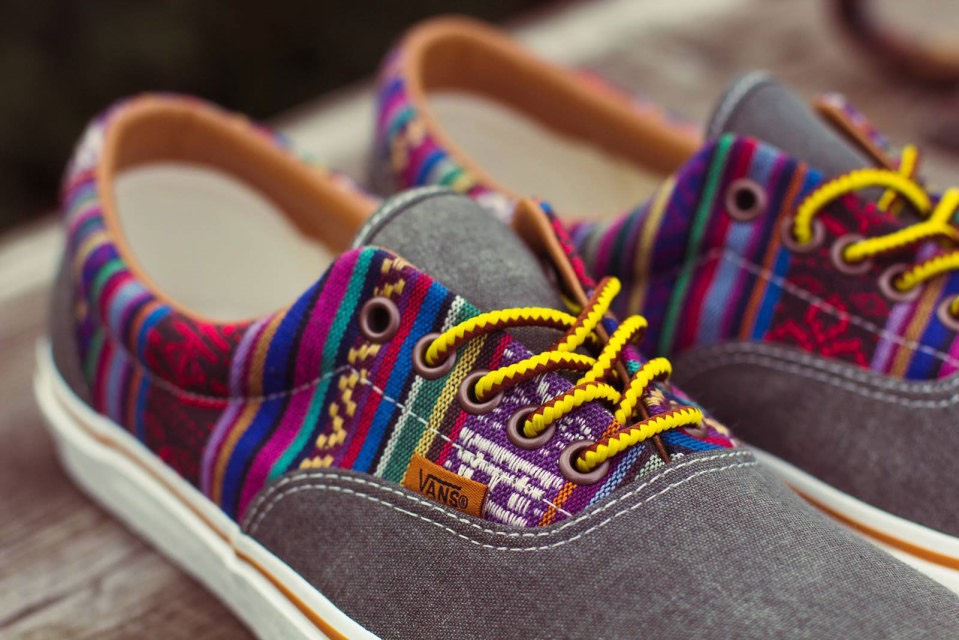 Vans can be colorful, or can be black & white. Colorful vans are what I'm talking about. Having them would such a relief, mostly because they are practically slide-ons and are sporty but cute!