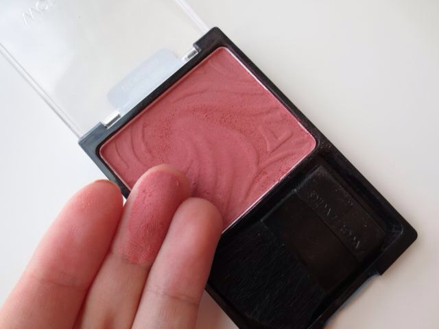 The Wet and Wild blushes are amazing in general. I love divine wine! It looks awesome on a lot of skin tones.
