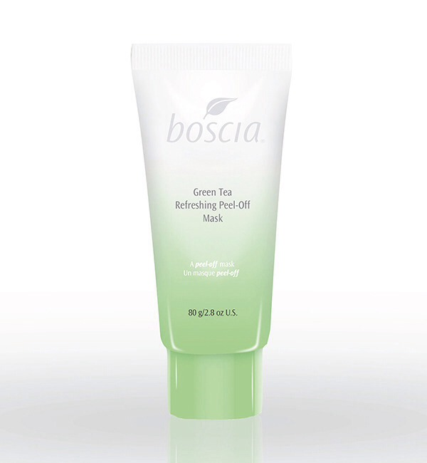 I love Boscia for many reasons—the use of natural ingredients, a preservative-free approach—but with their newest treatmeant, the Green Tea Oil Control Mask. It's a great treatment for anyone with oily skin or the desire to look matte as can be—my own daily beauty goal.