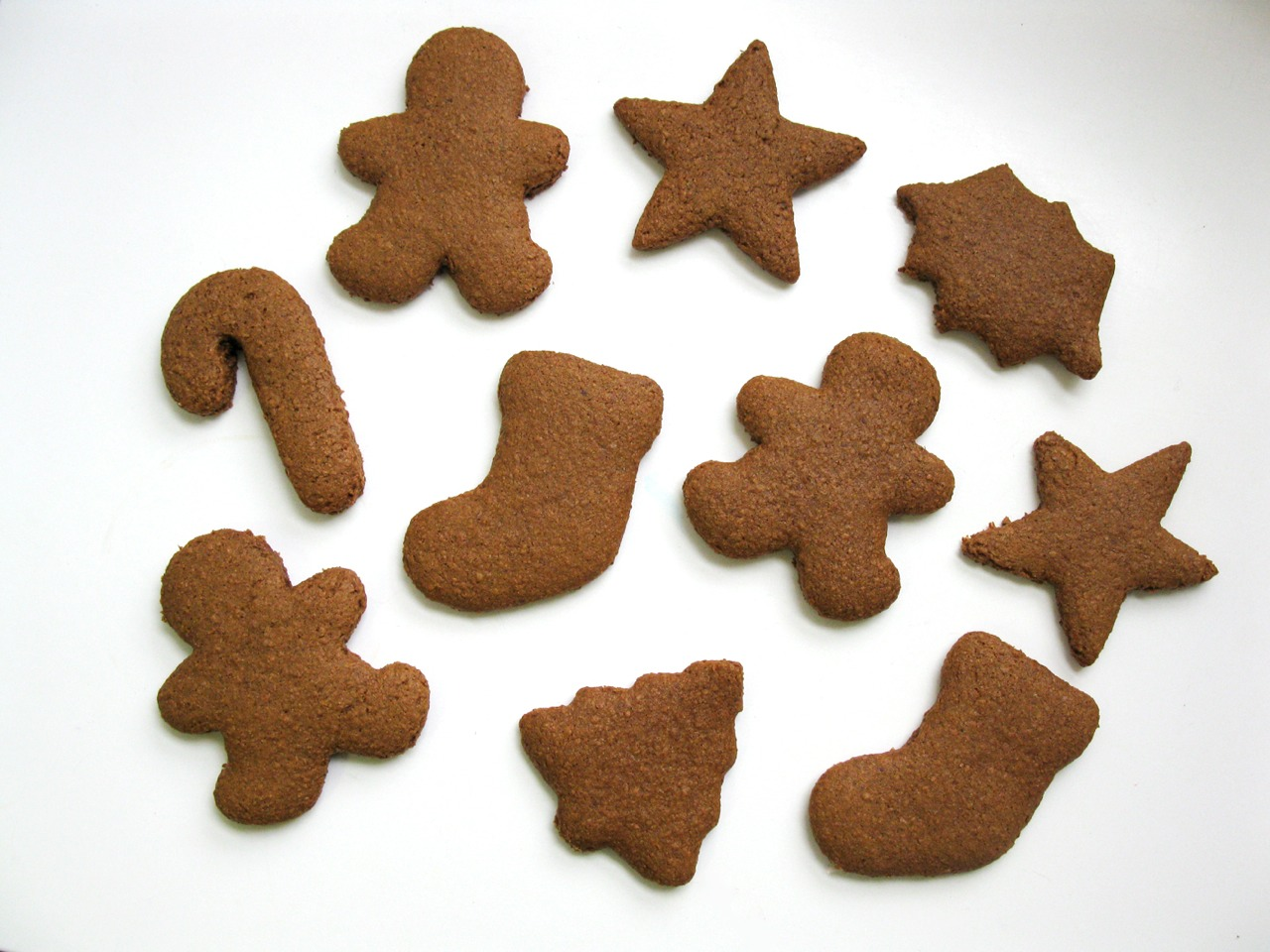 Happy gingerbreading!!!!