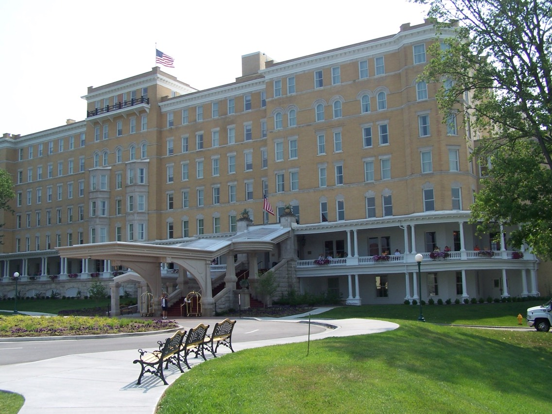 14.) French Lick Springs Hotel, Indiana Built in the 20th century, this hotel-- now part of a large casino resort complex-- features various haunting. Many report hearing voices and footsteps, a ghost of an elevator attendant who helps out, and that ghosts call the front desk from empty rooms