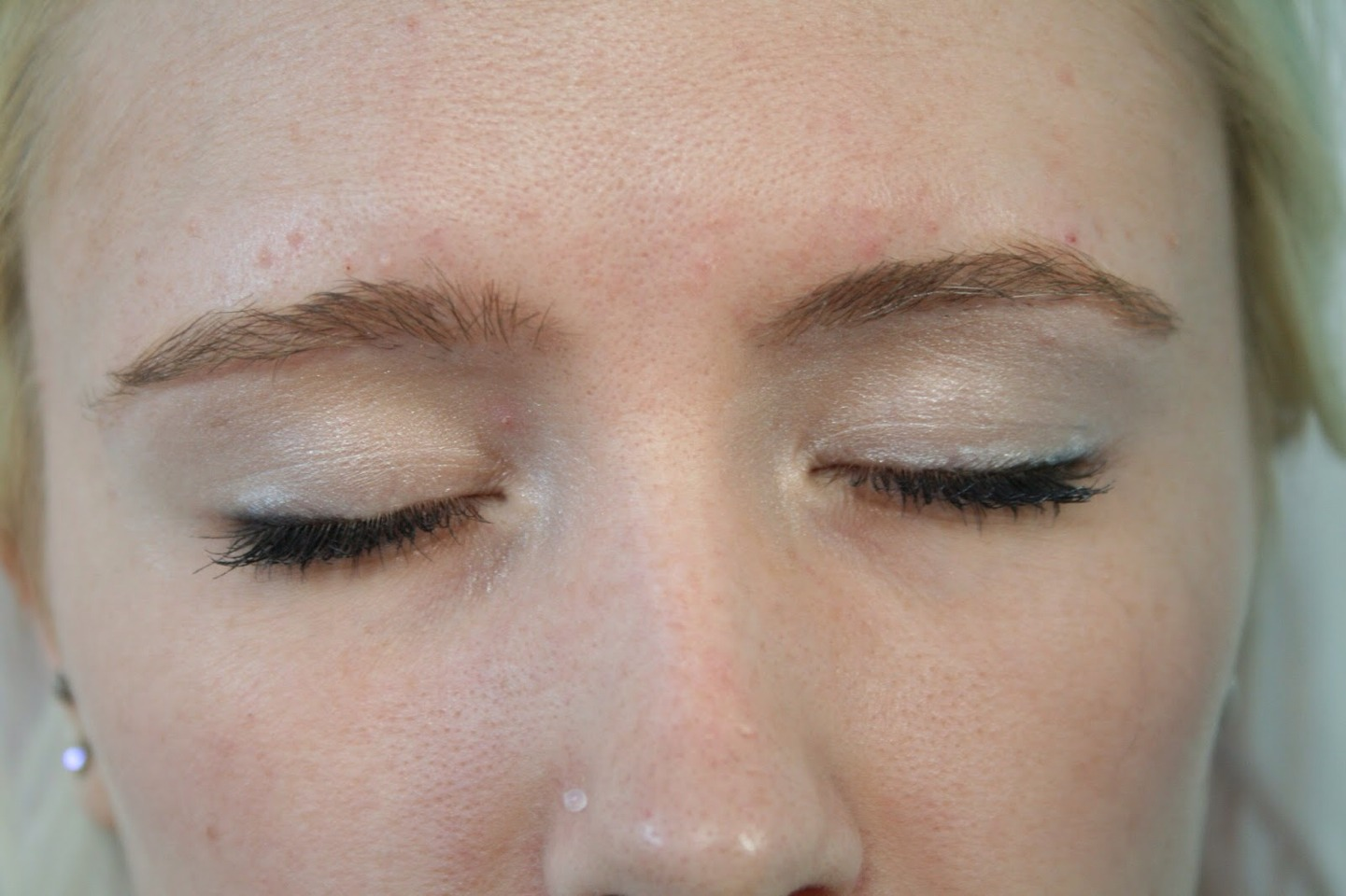 Can make eye lids look shiny with makeup on and you can put it on eye brows to tame them down.