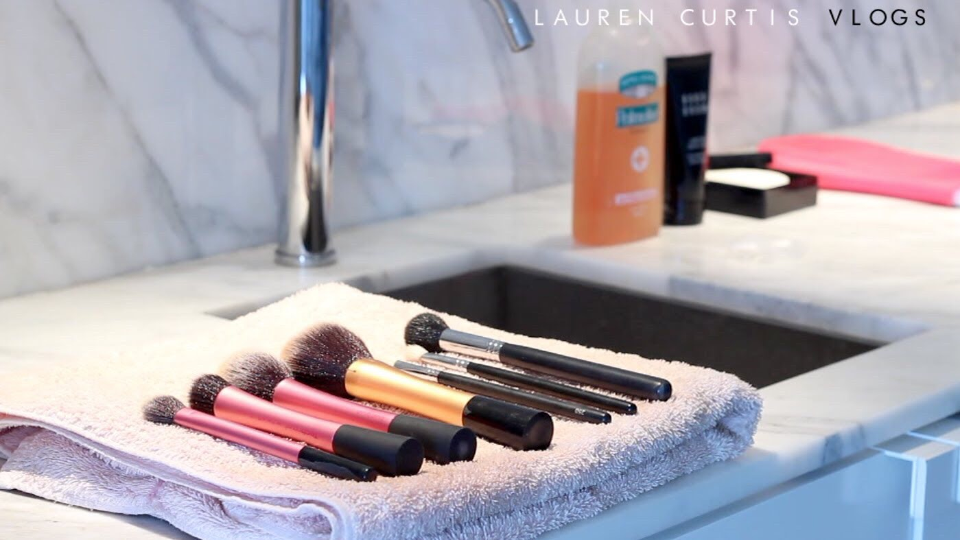 After all your brushes are clean, place each brush on a towel and allow to air dry until the brushes are completely dry, this could take up to 12 hours. NEVER use heat to directly dry your brushes as this can cause damage, however to speed up the process you could place the towel near a radiator.