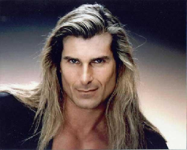 If you've got the long-locks like Fabio, you've already guaranteed instant-swoon with the ladies.