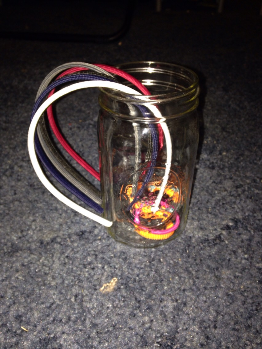 Got a mason jar around now you can use it 😃😃