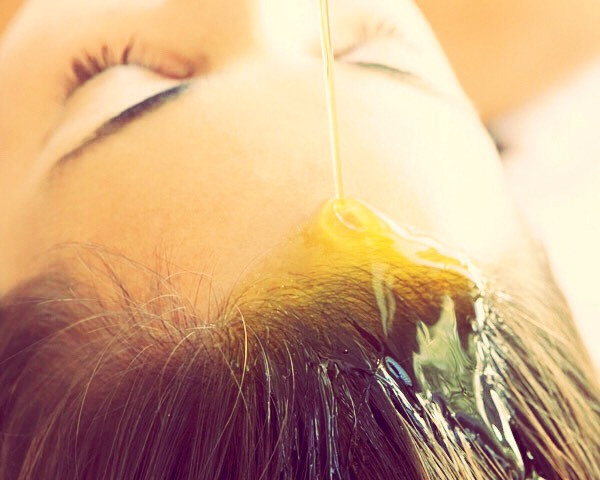 Number 4: deep oil treatments are so good for your hair and make it super soft. Your directly adding moister and hydration to the roots which will stimulate the scalp. Leave them in for a few hours for best results and try massaging your scalp too 💁