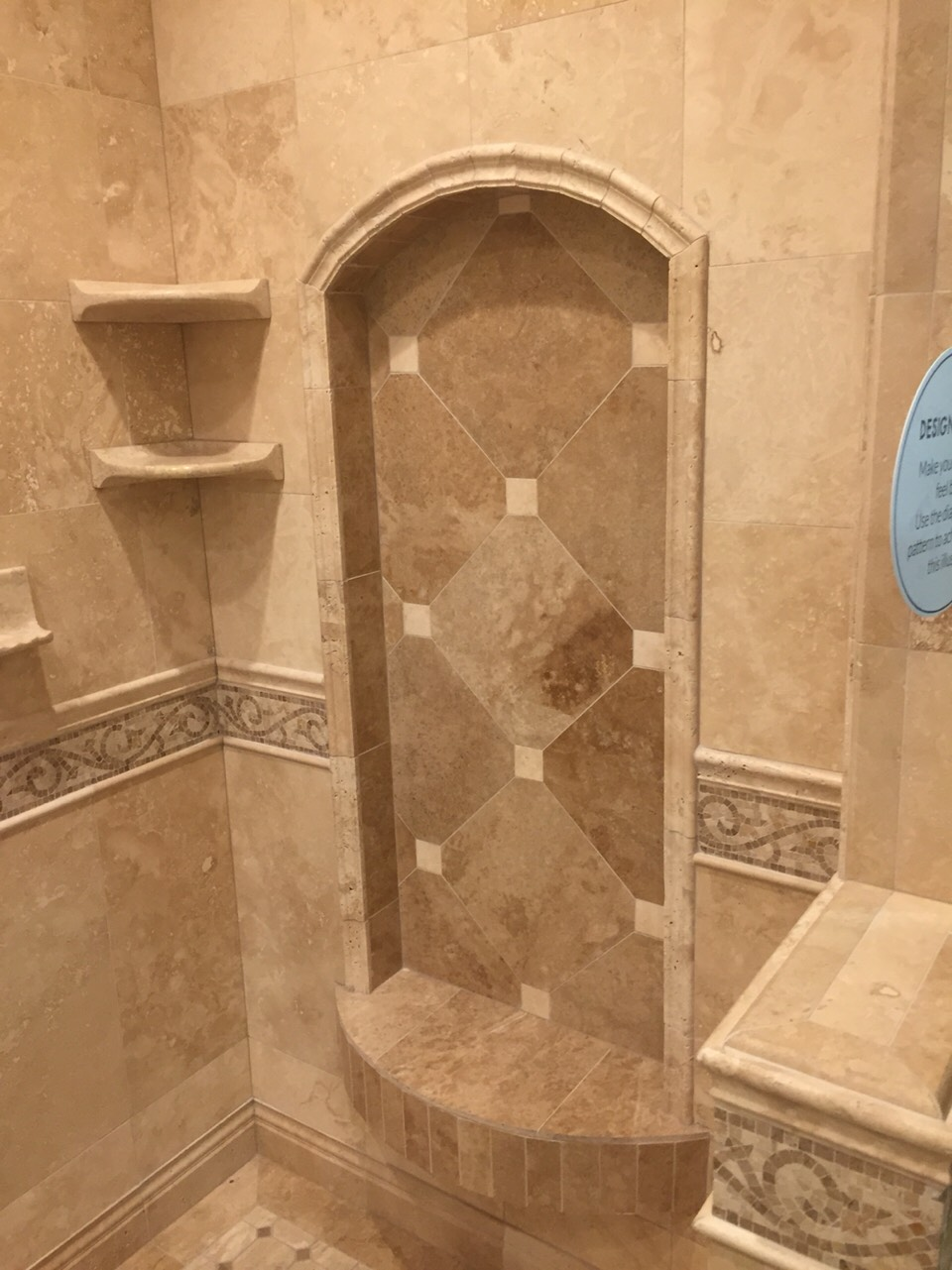 Here's the other side, great tip: to increase the look of the shower make the shelf w diagonal tiles