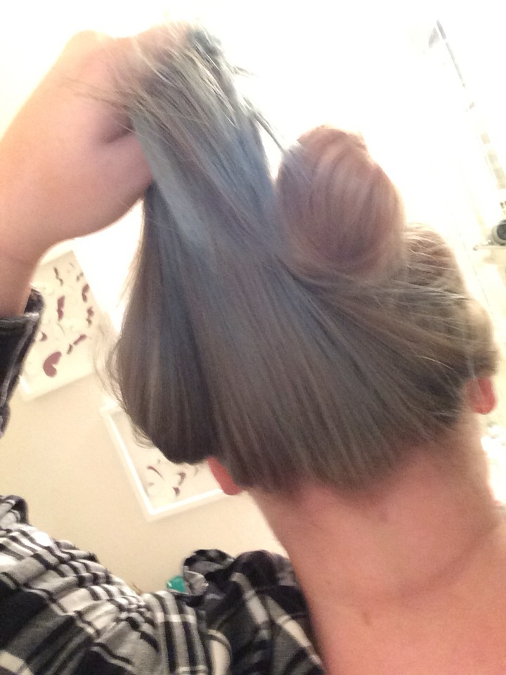 And this is again me holding my hair up like I said it worked really really well I left it in about 35-45 minutes, honestly I let most of it actually dry soo yeah! There you have it hope this helps!any further questions private msg me or comment is be happy to help best I can!