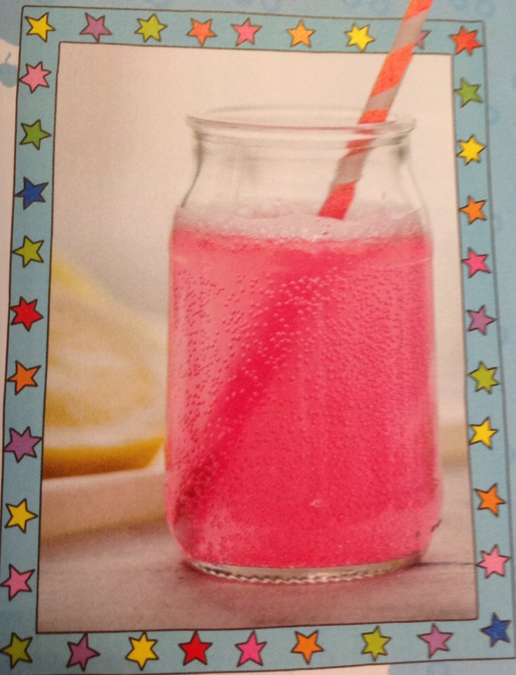 1. Fill a quarter of the glass with cranberry juice then pour on another quarter of pink lemonade.