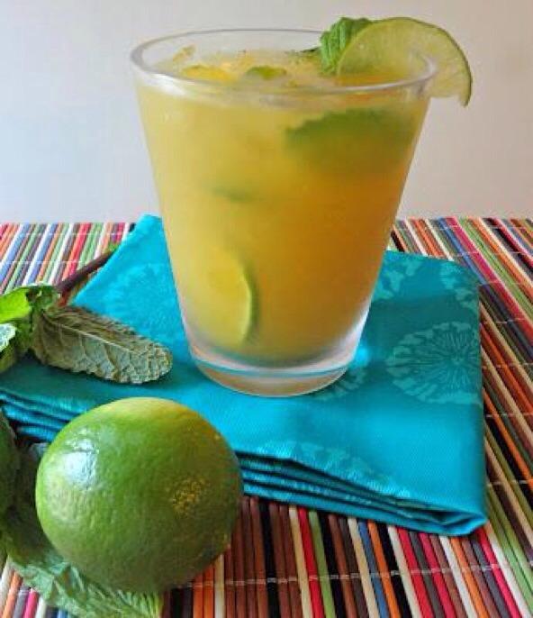 Mango Coconut Mojito 🙌  8 mint leaves 1/2 a lime 2-3 shots coconut rum 1/2 a mango 2 handfuls of ice Sprite Zero