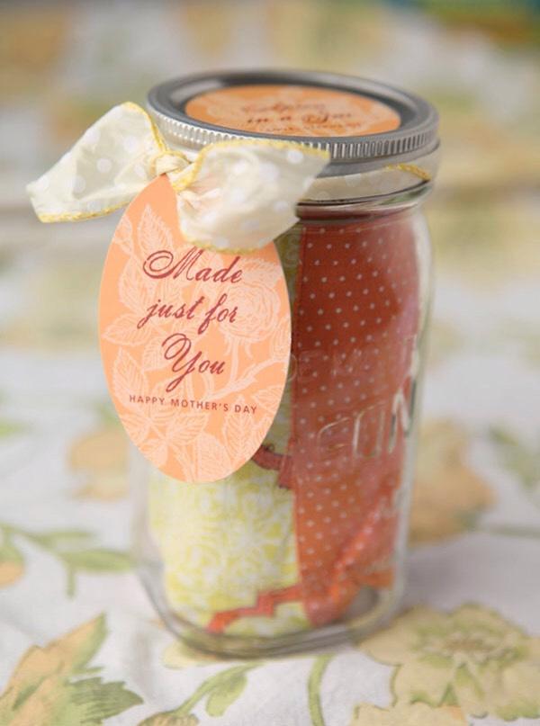 Apron in a jar