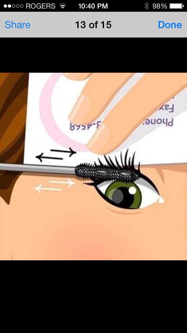 Use business card to cover all eyelashes quickly