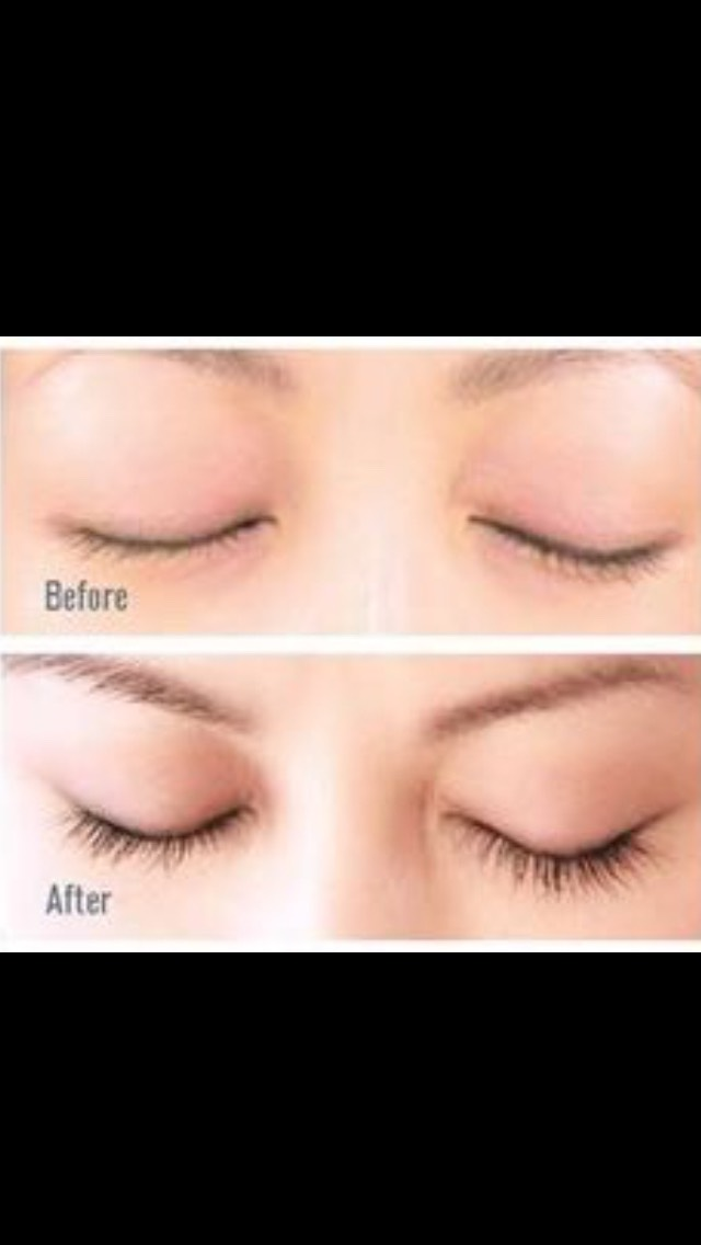 Are your lashes dull? Do you want to make your eyes POP? If yes, all you need is one everyday product.