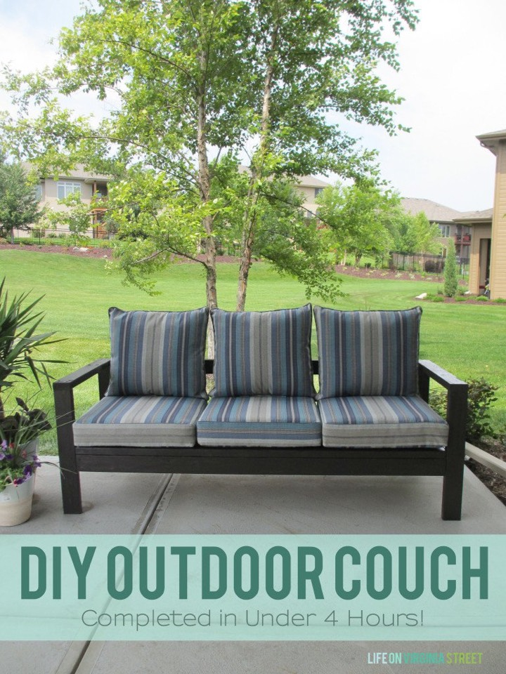 13. Easy outdoor couch