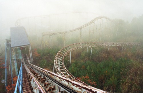 It's literally surrounded in a thick cloud of mist that swallows the park entirely.