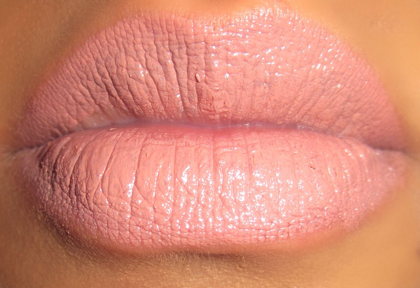 Nude lipstick is a perfect everyday item that I wear pretty much every day as I like to play up my eyes and keep my lips pretty neutral. You could go for a pinky nude, peachy nude, browny or beige nude or even a flesh tone nude whatever you prefer that suits your skin tone.