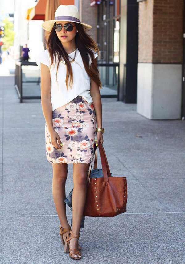 16. Make your panama hat more professional by pairing it with a pretty skirt and simple shirt.