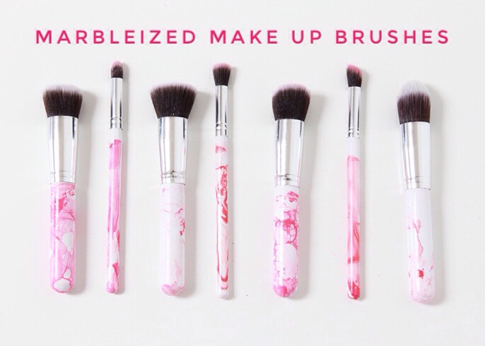 8 | DIY Marbleized Make Up Brushes  Add a fun pop of color to your morning with these pretty marbleized makeup brushes!