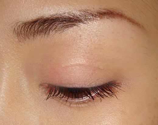 Put Vaseline on your eyelids to act as an eyeshadow  primer.