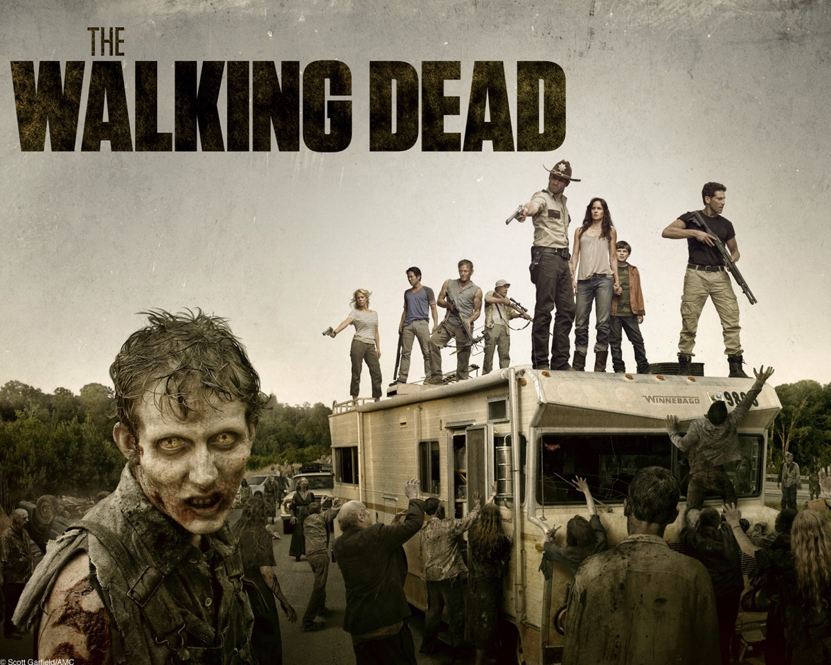 2.The walking dead Experience the incredible story of survivors that have lived in the breakout of the dead.