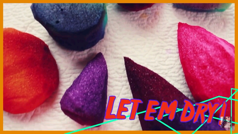 After letting them dry, your beauty blenders are ready to use!