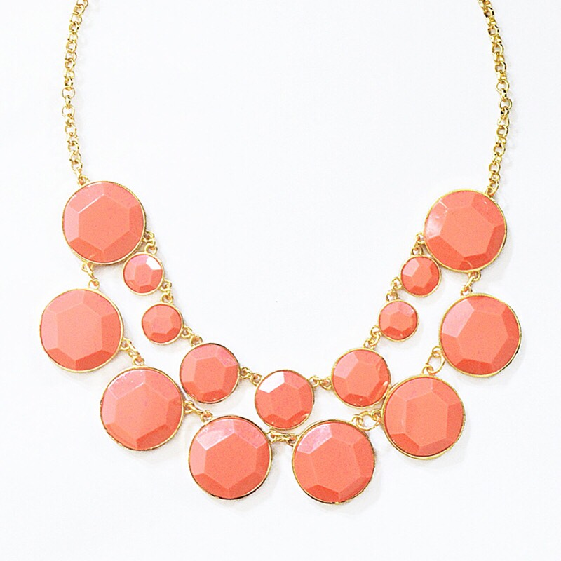 4.chunky necklaces If you still need that little something in your outfit, these are perfect and gorgEOus during spring! Other seasons too tho haha