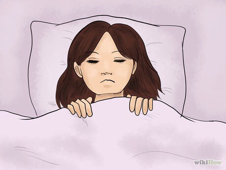 2. Go back to your bed and lie down. Sometimes the memory can be jogged when you assume the same physical position you had while dreaming. Try to put your head in the same place on the pillow, arrange your body the same way, and close your eyes.