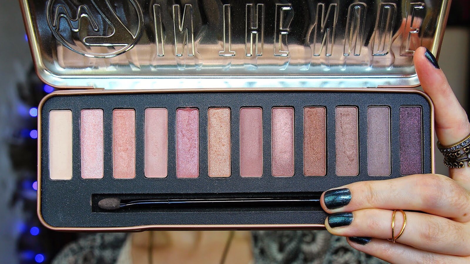 the W7 'In The Buff' Palette is a dupe for Urban Decay's Naked 3😉