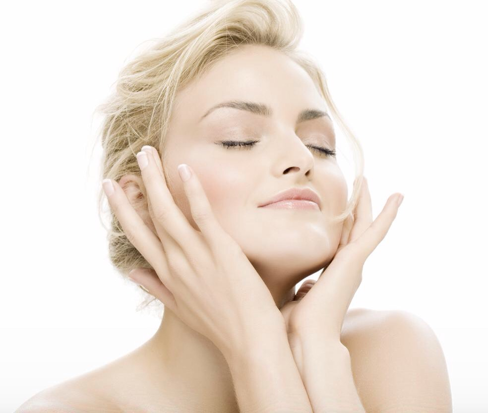 •Get 7-8hoursof sleep at night, thetime needed for skin to recoup&heal any damage done during the day.  • Cut out dairy. The additional androgen hormones in cow's milk can cause hormonal imbalances in women & result in breakouts.