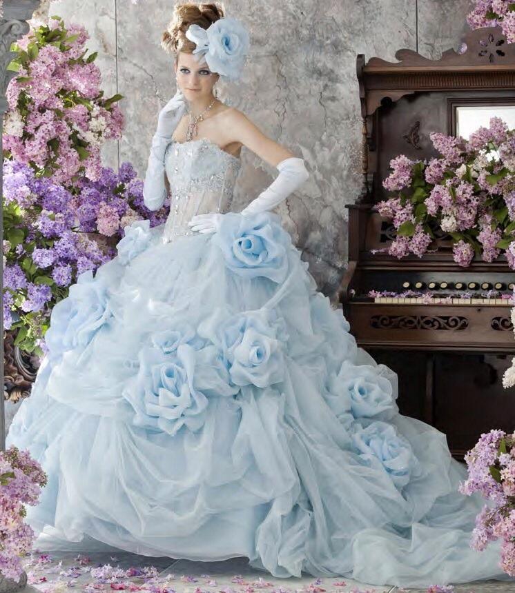 Very big wedding dress