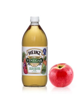 Apple cider vinegar .. Yes I know it's weird but all u need for a glass is literally 1/8 or less of a tsp.. If doing a pitcher do 1/2 tsp