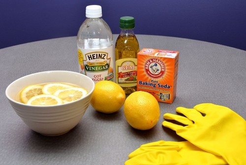With a few simple ingredients that you probably already own—such as baking soda, white vinegar and lemon juice—it's easy to substitute many store-bought cleaners with safe, eco-friendly options.