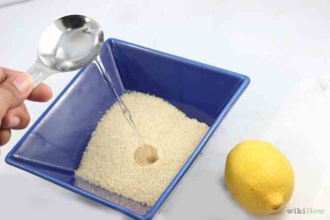 Ingredients :  2 cups of sugar  1/4 cup of water  1/4 cup of lemon juice   AND THATS IT ! 😱💯