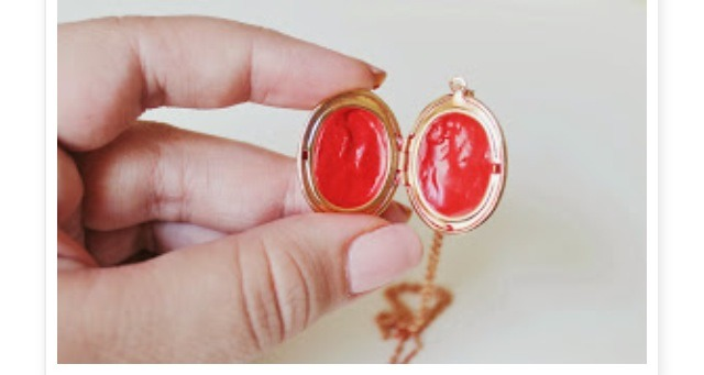 Let cool for a few minutes and it should be all good to go :D awesome portable fashionable way to carry lip product !