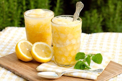 MANGO PARADISE This drink is so refreshing! It also fresnens breath ans give a lot of energy! It's so delicious