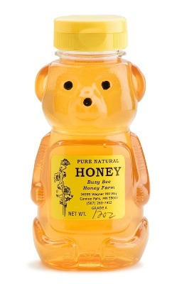 1 1/2 tbsp. honey. Because it's a natural humectant, honey is perfect for hydrating dry and damaged hair. It retains moisture while providing vitamins and minerals It also acts as a serum to fight frizz and leave hair shiny. Those with irritable scalps may use it to help with itching and tenderness
