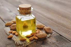 3️⃣ |If you have dry skin, you can add few drops ofalmond oilin honey. Apply thisto your face for 15-20 minutes for bleaching affect. After bleaching, take steam on face +then dry it.